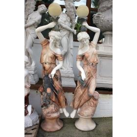 Pareja de esculturas lampareros realizados en mármol