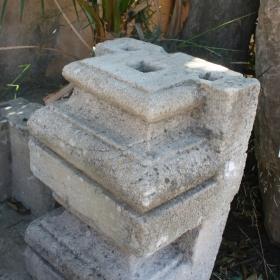 CAPITEL DE COLUMNA ANTIGUA
