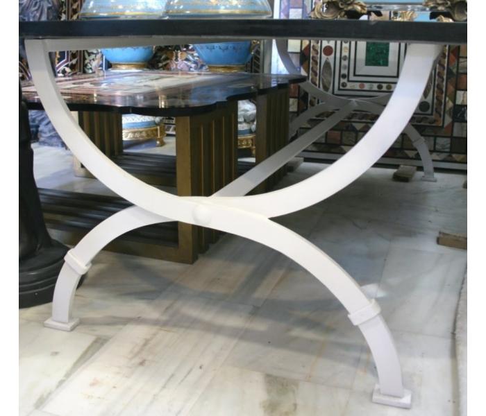 Pie de mesa en hierro forjado pintado de color blanco for Arte mueble estepona