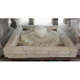 Fuente de suelo en mármol