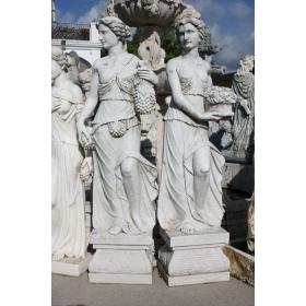 Pareja de escultura de mujeres realizadas en mármol blanco
