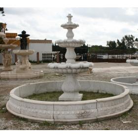 Fuente de marmol tres platos con cerco