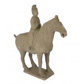 Escultura de caballo de terracota