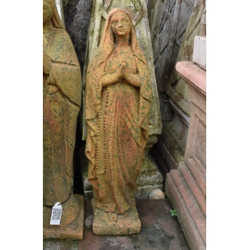 Virgen de lourdes de piedra recompuesta