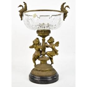 Jarrón realizado en cristal y bronce sobre peana de mármol