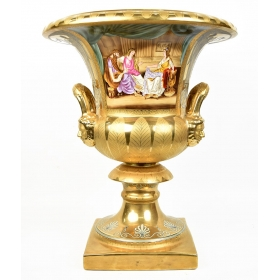 Copa de porcelana color dorado