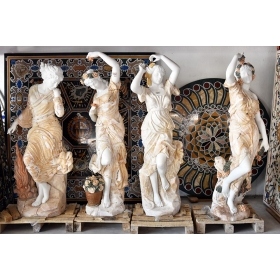 Set de cuatro estaciones realizadas en varios tipos de mármol y onix