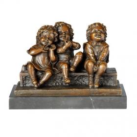 Tres niños de bronce con peana de marmol