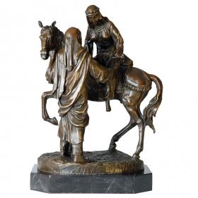 Pareja de árabes con caballo de bronce con peana de mármol