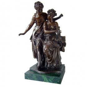 Mujeres clasicas de bronce con peana de mármol