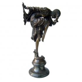 Mujer modernista de bronce con peana de marmol