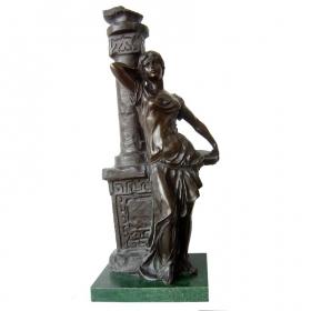 Mujer clasica de bronce con peana de marmol