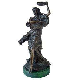 Mujer bailarina de bronce con peana de mármol