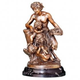 Baco con dos niños de bronce con peana de mármol