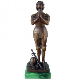 Juana de arco de bronce con peana de marmol