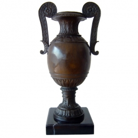 Copa de bronce con peana de mármol
