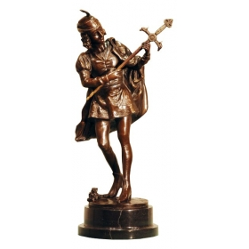 Hombre renacentista de bronce con peana de mármol