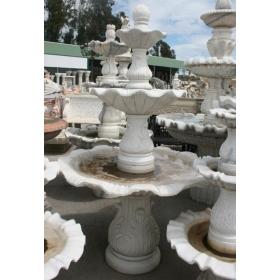 Fuente de mármol de tres platos