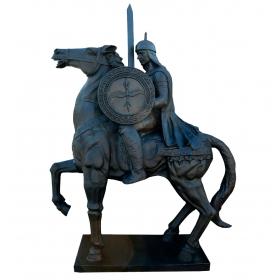 Escultura de jinete en hierro de fundición