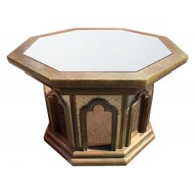 Mesa hexagonal con espejo superior