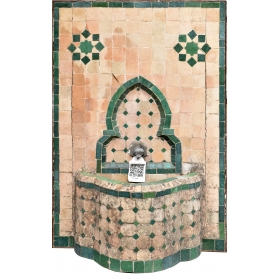 FUENTE DE PARED ESTILO ARABE