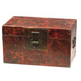 Caja china de madera lacada