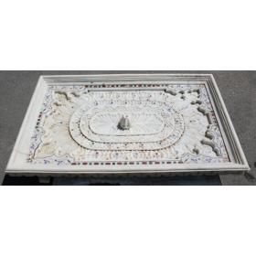Fuente de suelo de marmol