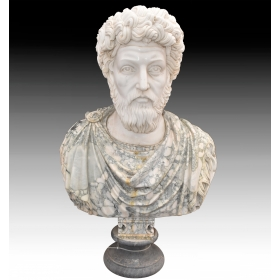 Busto romano realizado en varios tipos de marmol