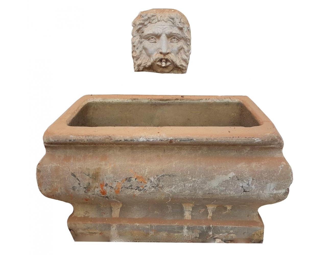 Fuente de pared antigua realizada en piedra con mascar n - Fuentes de piedra antiguas ...