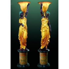 Pareja de lampareras de bronce