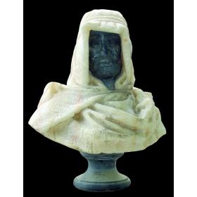 Busto de árabe de laghouat realizado en dos tipos de mármol