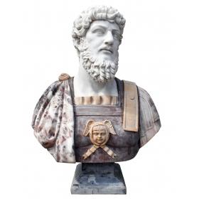 Busto de emperador en mármol