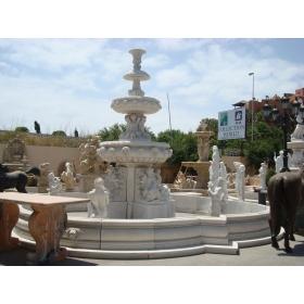 Fuente monumental de mármol