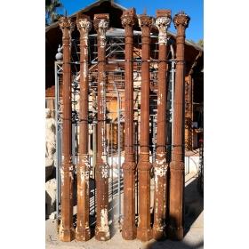 Lote de siete columnas de hierro antiguas