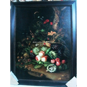 Bodegon de frutas mayormente uvas y flores