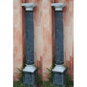 Pareja de columnas de marmol antiguas
