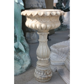 Fuente de marmol tallada a mano