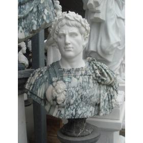 Busto de mármol del emperador trajano, nacido en italica, sevilla.