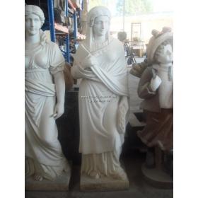 Escultura de mujer de marmol