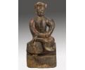 Escultura oriental en madera antigua