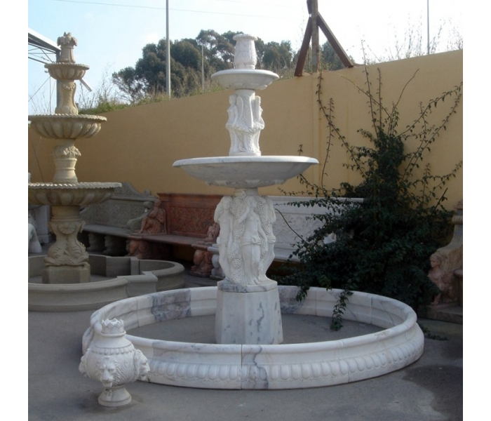 Fuente de dos platos con cerco de mármol
