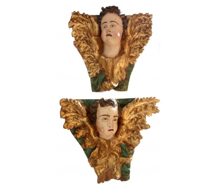Pareja de cabezas de angeles s.xvii