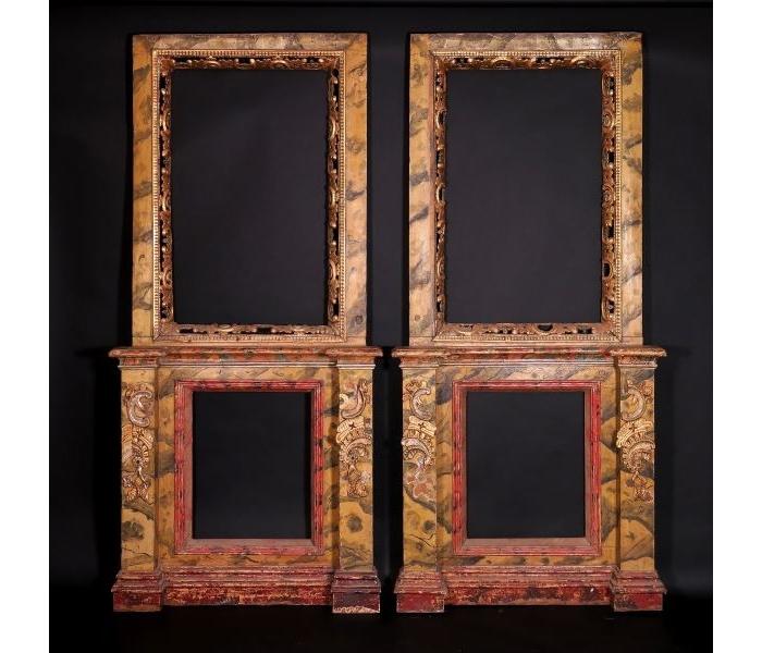 Pareja de fragmentos de retablo de madera tallada, calada, policromada simulando mármol y dorada, S.XVIII