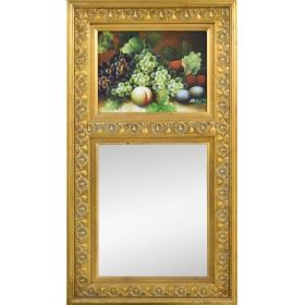 Trumo de marco dorado con bodegón y espejo