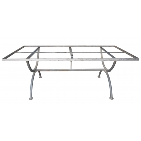 Pie de mesa rectangular realizado en hierro