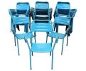 Juego de 32 sillas azules de hierro hechas en España. Decada años 80