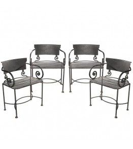 Conjunto de cuatro sillas de hierro. Década de 1980