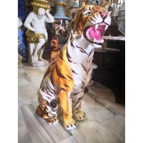 Escultura de tigre...