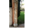 Columna de piedra encalada siglo xvi
