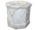 Brocal de pozo realizado en mármol envejecido